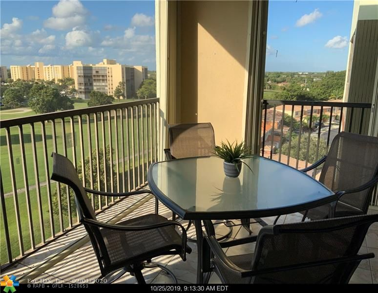 Stunning and unobstructed view of the prestigious Inverrary golf course from this top floor apartment. Oversized screened patio with accordion hurricane shutters perfect for entertaining. This large apartment offers two bedrooms and two full baths, all appliances including washer/dryer, recently installed new A/C and water heater. Sold fully furnished, ready to move in. Super clean and well lighted with the patio facing South on the golf. Make it yours for your well deserved vacations.