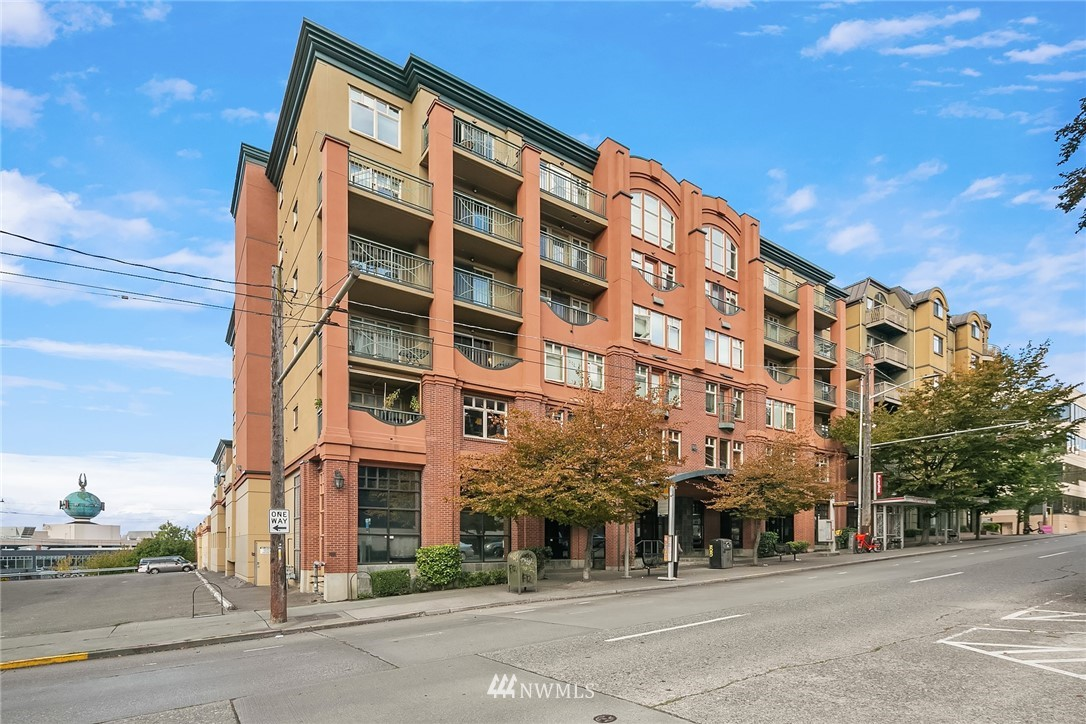 123 Queen Anne Avenue N 209, Seattle, WA 98109