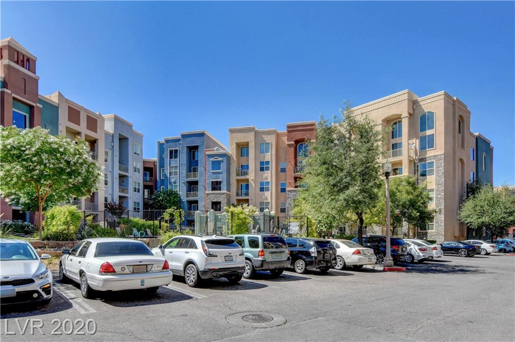 This recent remodeled 2 bedroom 2 bath condo has a new gas stove and refrigerator,granite countertops in kitchen, dual sinks in the master bathroom, new carpet, upgraded floors in the living room and is on the 1st floor. This unit is very close to the second pool, The guard gated luxury midrise complex has 2 swimming pools,walking trail, business center, a fitness center and is only minutes from the Raiders stadium.