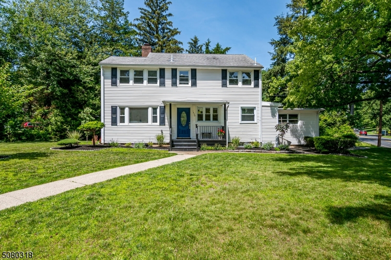 Beautifully remodeled Colonial located in highly sought after Mountainside New Jersey, just minutes away from Westfield downtown shopping. Featuring a beautiful open floor plan, four bedrooms, four full bathrooms, a new kitchen new baths, and more!