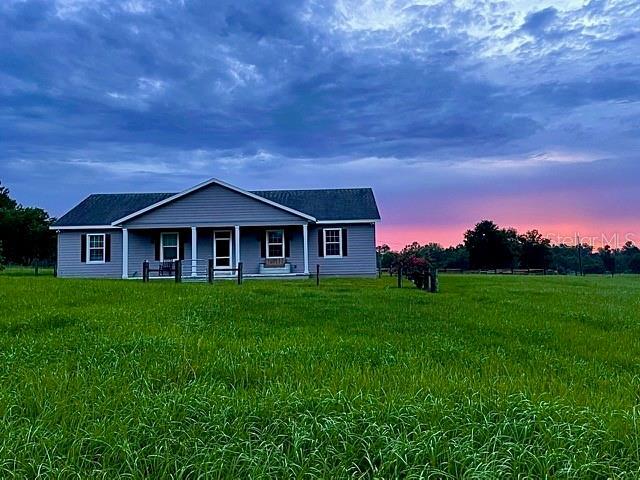 18727 Clay Hill Road, Dade City, FL 33523