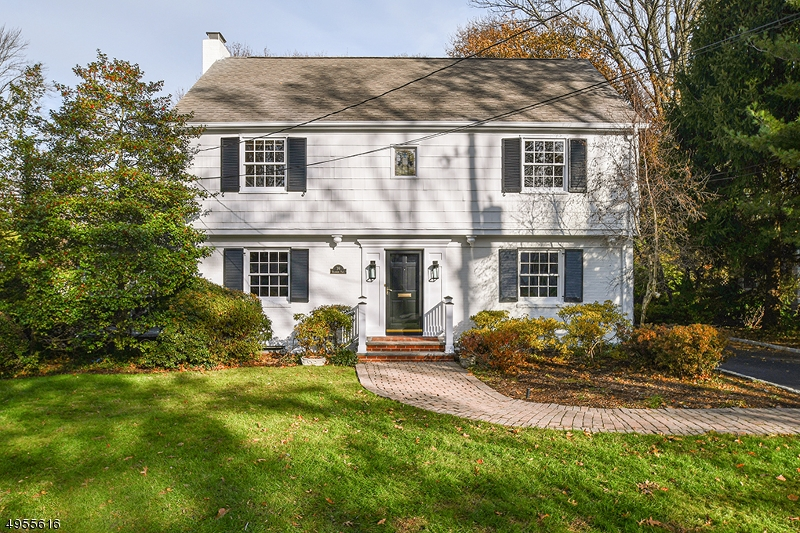 Location, Location! Fresh, renovated Blackburn Place colonial with many recent updates. Huge, level rear yard, HW floors, generous room sizes, 2 car attached garage. Close to everything! 2017 marble master bath w heated floor, 2018 hot water heater, 2019 exterior paint, 2015 gas boiler, 2 zone CAC, screened porch & great flow. One block to Franklin School. Close to town, schools and transportation. Move in and enjoy!