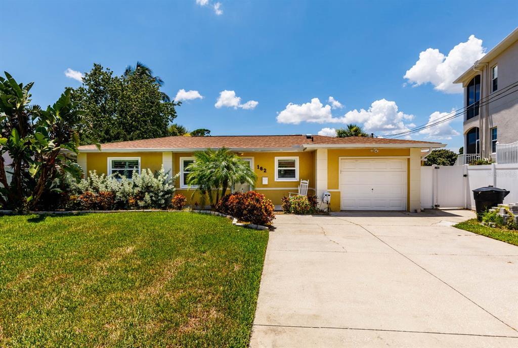 162 Sunlit Cove Drive NE, St Petersburg, FL 33702