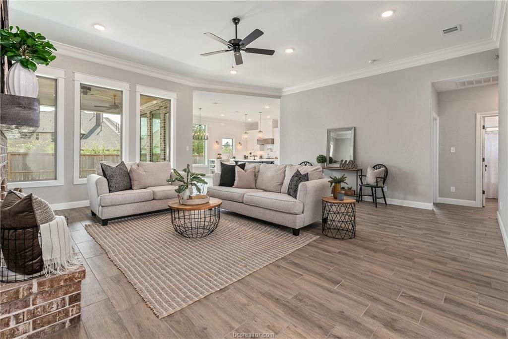 1735 Blanco Bend Drive, College Station, TX 77845