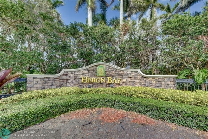 5708 NW 122nd Ter, Coral Springs, FL 33076