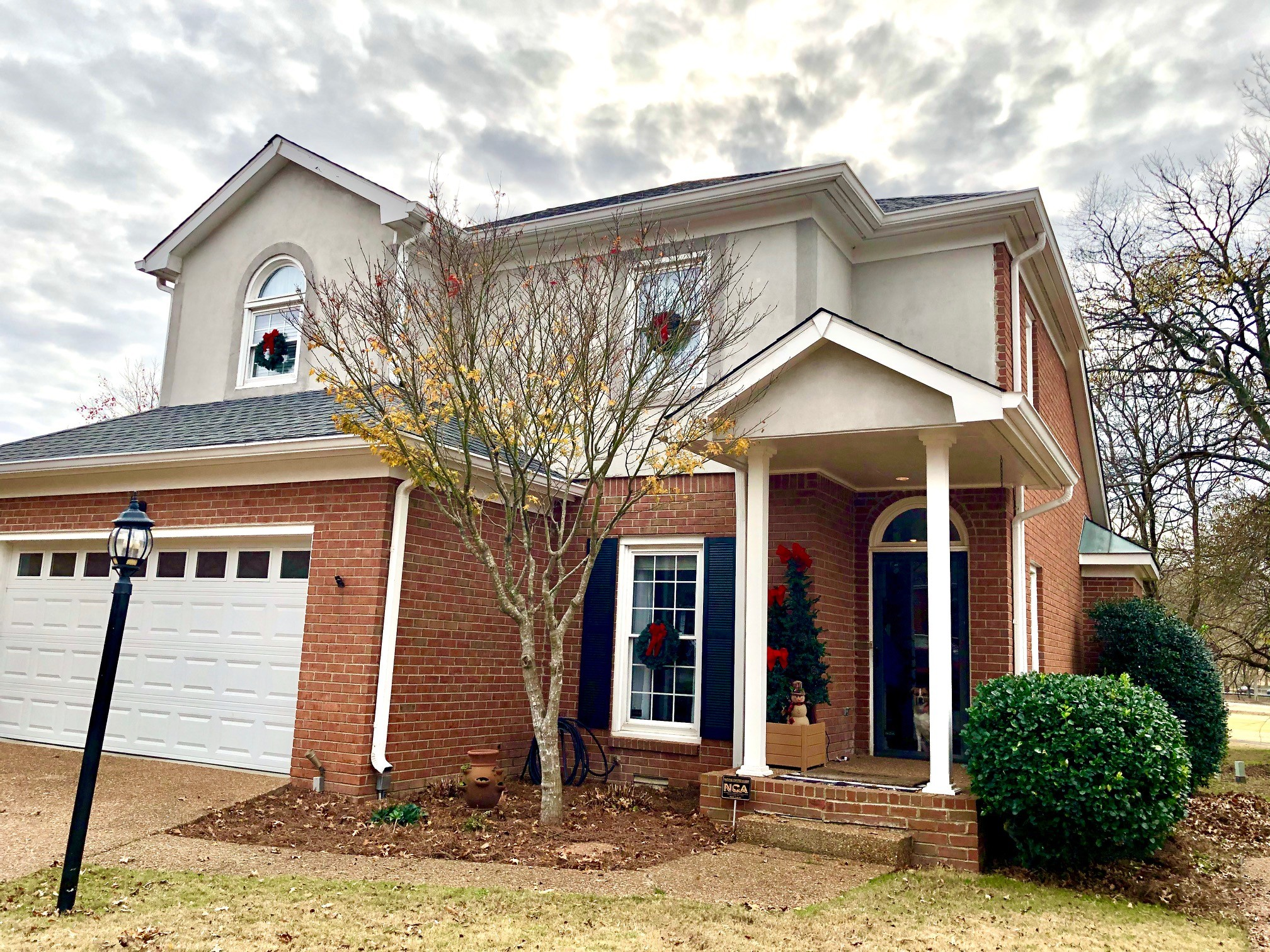 Open Sunday 2-4 pm.  Amazing 3 bedroom/2.5 bath 2293 sq. ft. on the golf course in Temple Hills!  First floor master bedroom, beautiful  updated master bath w/large walk in shower! Vaulted ceiling, fireplace, outdoor firepit, amazing golf course views, hardwood floors on main, fenced yard, cul-de-sac location.  HWT (2019). Sellers need a quick 30 day (prior to December 29th) close!  Highly rated Grassland Schools.  Additional Photos coming soon!