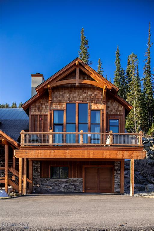 Dynamite 4 Bedroom 4.5 Bathroom Ski-in/Ski-out condo in the mountain village at Big Sky. Modern finishes, Built in 2017, comes turnkey furnished. Thermador appliances, dual dishwashers, commercial washer/dryer,  2 commercial ski boot, and glove dryers. Not your typical Black Eagle Condo...a must see!