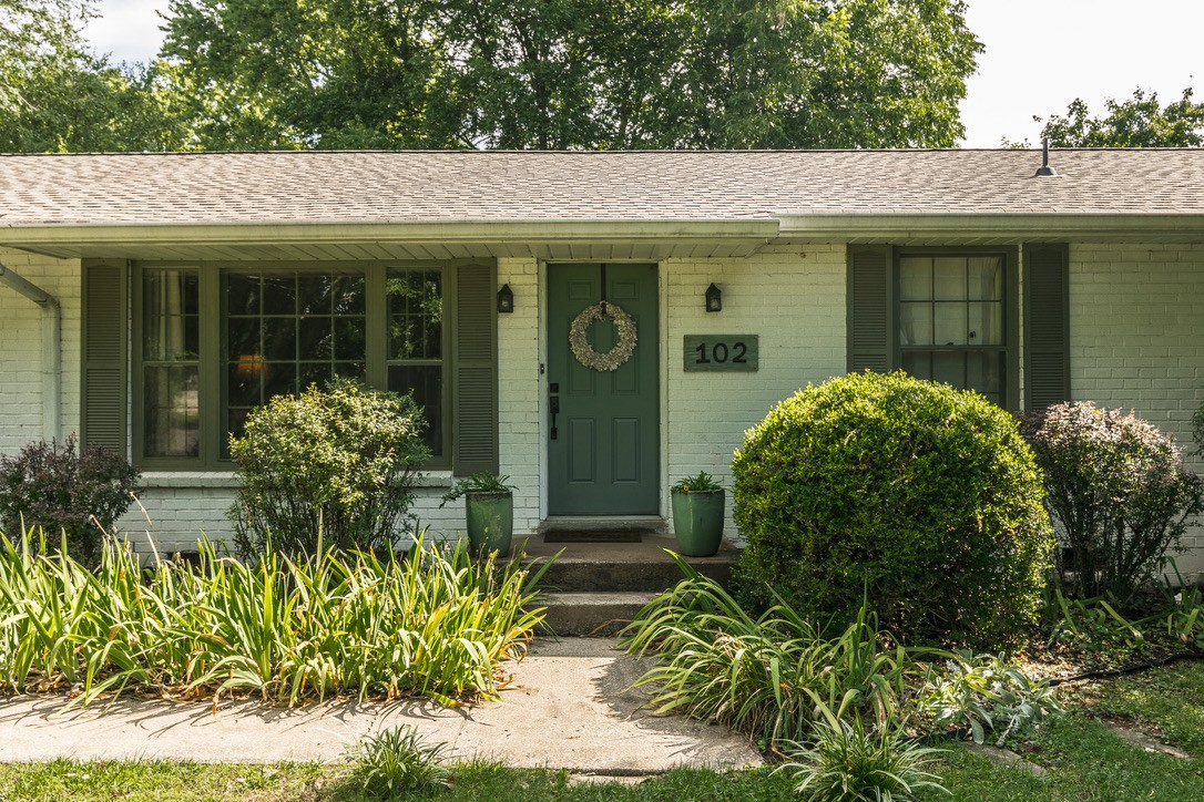 Call this cute as a button, well-maintained home in the center of Hendersonville HOME!   Nicely updated with plenty of space to live, work and play.  Single level living.