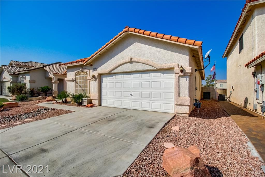 Remodeled Silverado Single Story Pool Home! Pride Of Ownership! Move In Ready! Features: freshly painted pool, open floorplan, dual entry doors (with security doors), & professional desert landscaping w/ gazebo & synthetic grass. Highly Upgraded Including: Kitchen: granite countertops, tile back splash, garden window, recessed lighting, & steel sink. High-end wood laminate flooring throughout, fireplace, French doors, dual upgraded bath sinks, ceiling fans throughout, blinds, & solar screens. Refrigerator, stove, dishwasher and microwave included. Located near freeways, shopping, schools, restaurants and casinos.