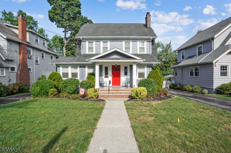 Classic Maplewood Home Move in Ready Close to Village Tuscan School Mid Town Direct Train. HW Ribboned Floors Third floor can be the perfect Home office space or 5th bedroom.