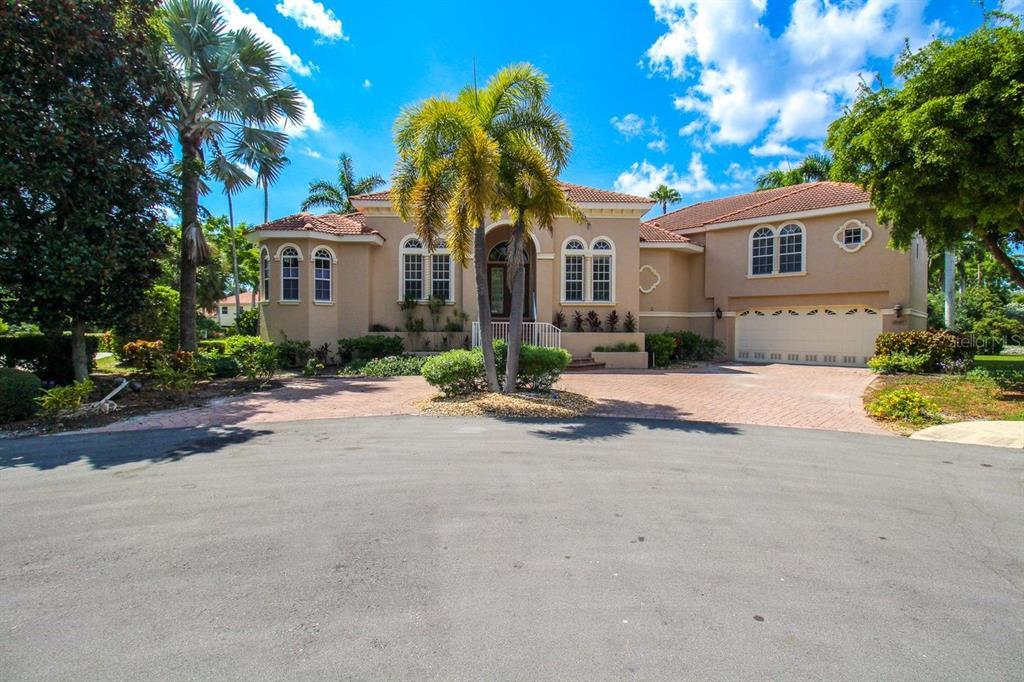 12302 Baypointe Terrace, Cortez, FL 34215