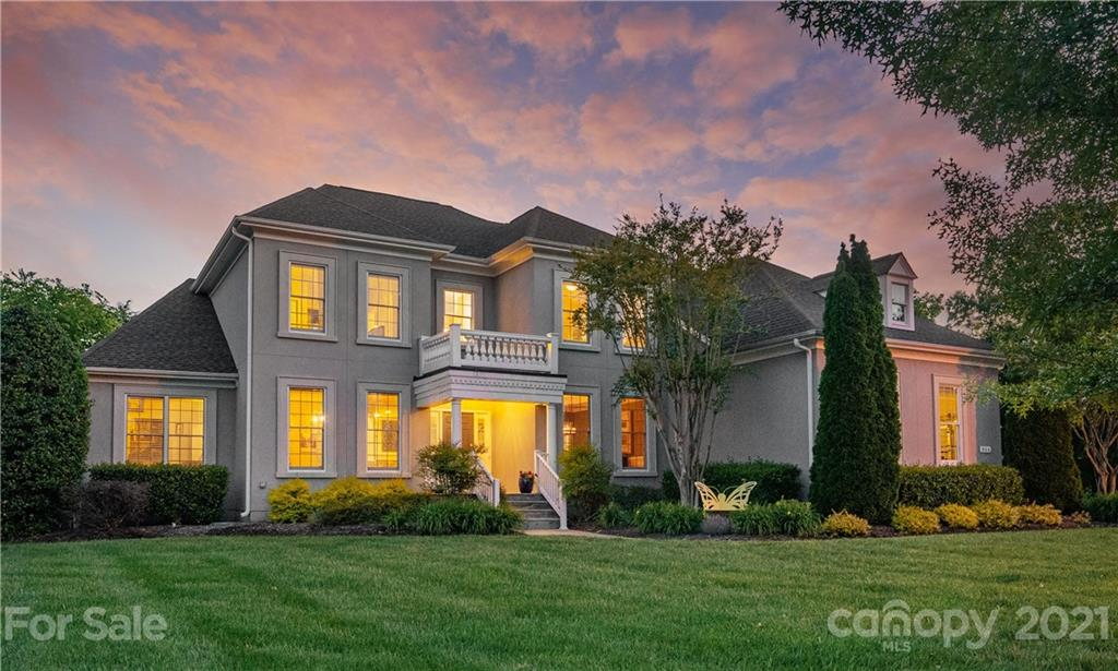 Beautiful two-story basement home in desirable Marvin Creek neighborhood with top rated schools. This home is an entertainer's dream.