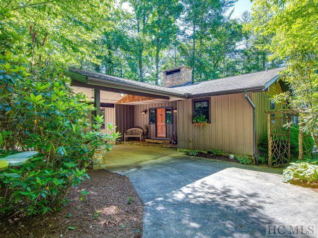 145 Island Point Road, Lake Toxaway, NC 28747