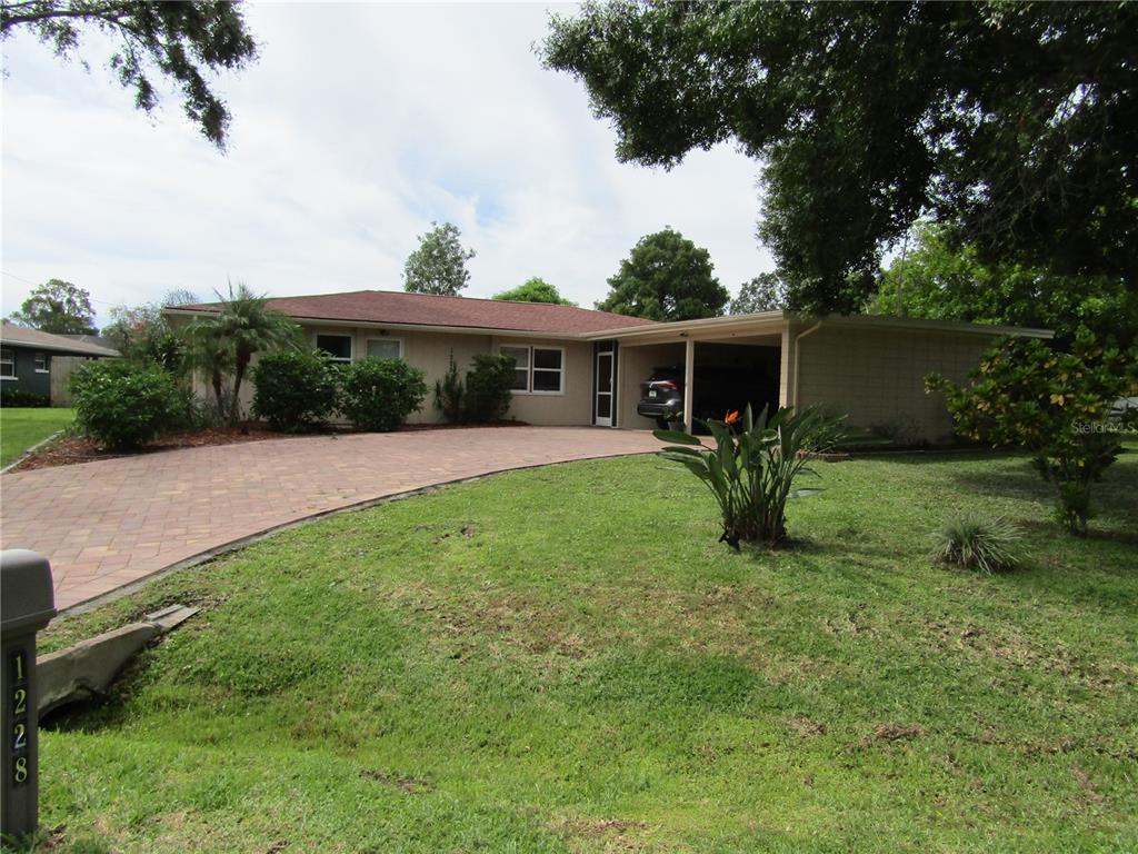 1228 Doris Drive, Sarasota, FL 34243