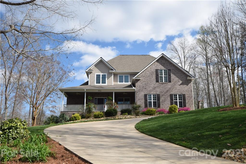 Immaculate, Custom built by builder/owner, Executive home in upscale Rutherfordton subdivision. This home was built in 2007 and builders spared little expense for their personal home. House features many nice details such as 20 foot ceilings in family room, rounded corners,orange peel wall finish, and knockdown finish on ceilings. Family room features a large floor to ceiling rock fireplace with vented natural gas logs. Master bedroom is on the main floor off the family room. It has recessed lighting, trey ceilings and a huge master bath en suite.Master bathroom features double vanities, a jetted tub, shower and spacious walk in closet. Kitchen has granite counter tops, tile back splash, a granite top island with lots of storage underneath, custom built, high end cabinetry by Wendell Miller and stainless appliances. There is another full bathroom and smaller bedroom on the main floor along with a large laundry room near the entrance from the garage.