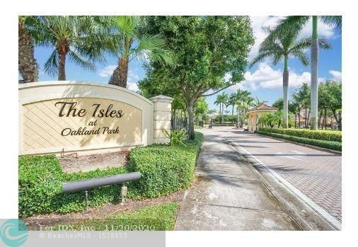 BACK ON MARKET- SHORT SALE.    Beautiful Corner townhouse with lake views in an ideal gated community,  3 bedrs, 3 bathrs, 1 car garage. Ideal for families of all ages since 1 bedroom is downstairs.  Open kitchen faces living/dining area with lake views & back patio for BBQs.  Quick walk to clubhouse, pool, mailbox & next to guest parking!  Lake views from master bedroom upstairs and downstairs bedroom too. EASY to show following CDC guidelines.  Serious offers only please.  Bank has reviewed all the documents, just need the right offer to re-present to the bank for fast approval & seller is already packing. Centrally located on Oakland Park Blvd between I-95 & Turnpike, near shopping, entertainment, etc.  Great home for All ages.  Come see it fast! You will LOVE this community & location.