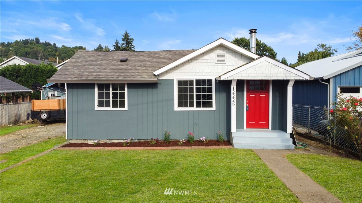 Welcome to this beautifully remodeled home in Tukwila! This home has been upgraded to fit the ever growing Seattle market. Inside features laminate floors, tile in bathrooms, gorgeous quarts counter tops, open floor plan and 2 full bathrooms! This home is close to the Tukwila Community Center, easy access to freeways and the airport. Only minutes to downtown Seattle! Very rare to see a shop also on a home in the Seattle area, yet its here! Park toys or work on a project! All under $450k?!