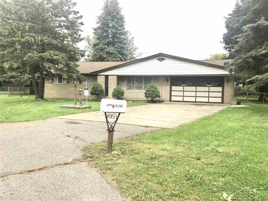 41705 HILLVIEW DR, STERLING HEIGHTS, MI 48347