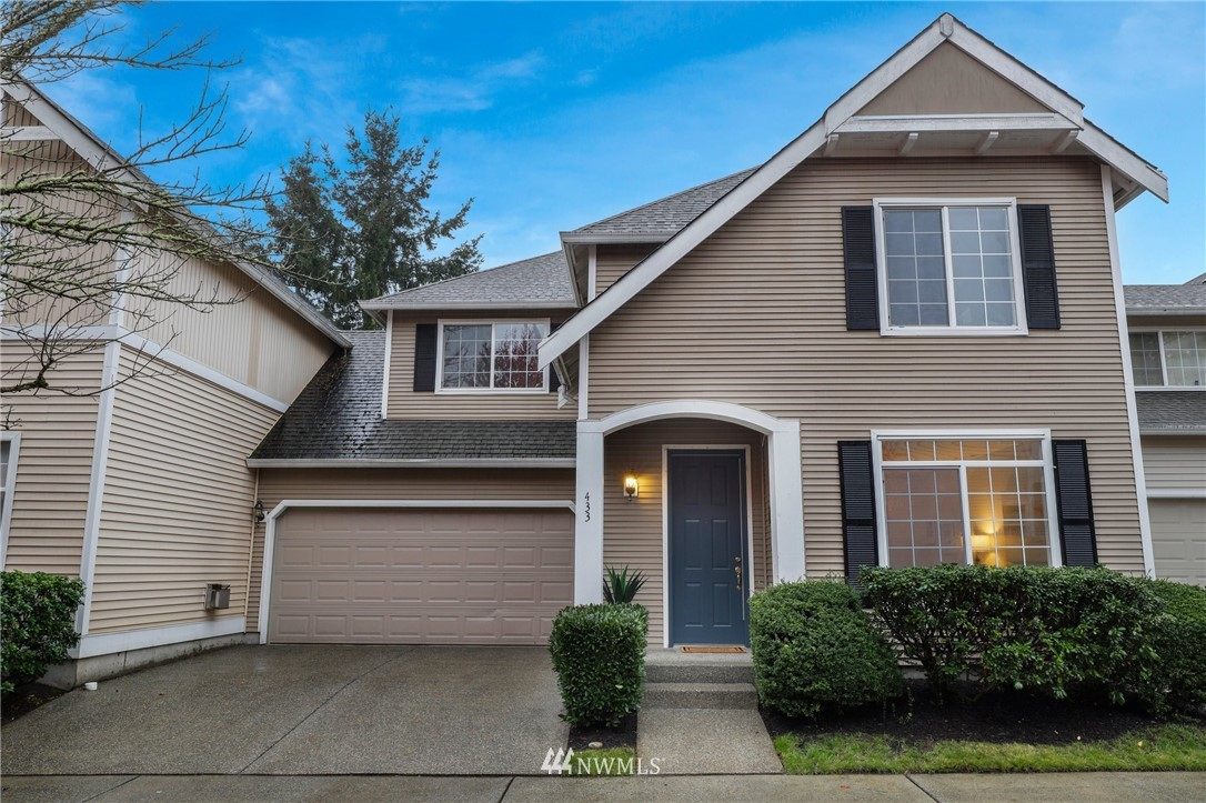 Welcome Home to Highland Parc in Sammamish! This light-filled townhome lives large like a single-family home. Wonderful floor plan 3BR+Loft/Bonus rm. Large 5 piece master bath w/ soaking tub. Nicely updated kitchen w/ SS appliances, quartz counters & tons of light. New carpet &fresh paint throughout. Enjoy your morning coffee on your private patio or watch the sunset at the end of your day. Large 2 car side-by-side garage. Minutes to shopping, cafes and buses and more!