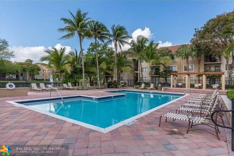RENTED UNTIL 12/31/2020 FOR $1.300 PER MONTH. - Same tenant last 3 years. Spectacular apartment in the