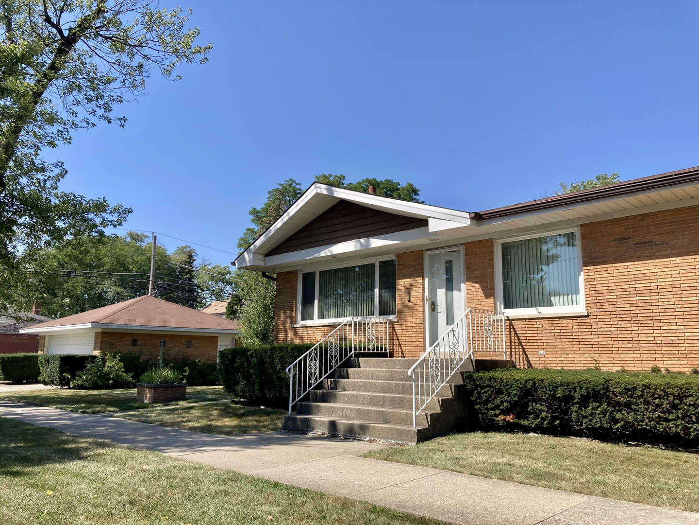 3446 Oak Avenue, Brookfield, IL 60513