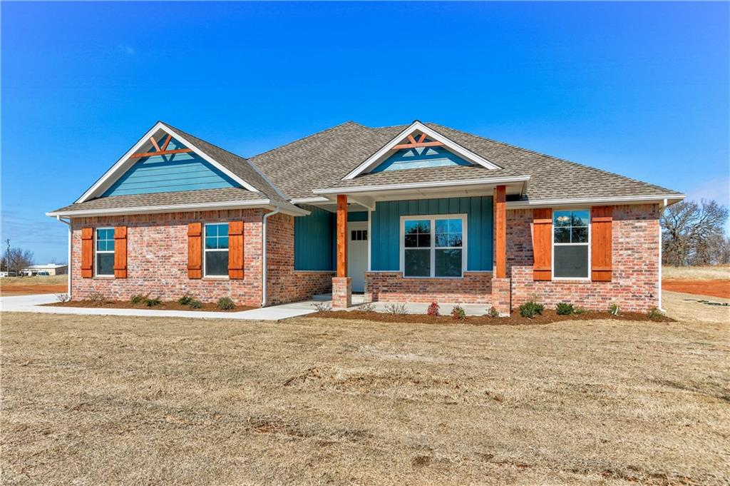 Brand new construction on approx. 1 acre lot with amazing proximity to I-35. High quality construction and finishes throughout. 4 beds, 2 1/2 baths, open living/kitchen combination. Living has vaulted cathedral ceiling, ceiling fan and fireplace. Wood look tile throughout majority of the main living areas. Kitchen features a large island/breakfast bar, spacious walk-in pantry, lots of cabinets, quartz counters, stainless appliances and large dining area. Master suite is separate and includes a spacious walk-in closet with built-ins, double vanities, walk-in shower and nice tub. Mud room is located off of the separate laundry area by the garage. 3-car side entry garage. Spacious covered patio in the back and covered porch in front.