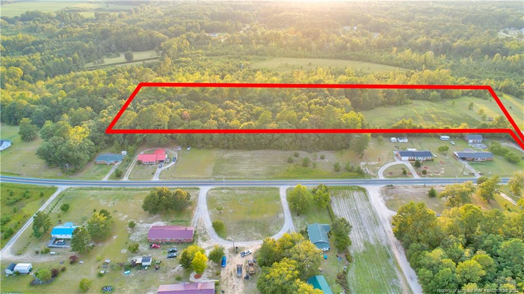 Over 10 acres of land to build your dream home!