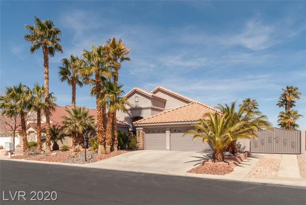 This is it. Hard to find Single Story w/ Pool/Spa, min. from 1-15, Upscale Gated Community. 2 Mstr Suites,View this home & fall in love with it. OPEN kitchen,Cust. Cab, Granite, New Custom Slider, LG RV. Park. Outdoor Landscaping/Lighting,10,454 lot/view pool from Family Rm or Liv Rm. High Eff. AC units in 2018, Exterior Pest system included (no fees) ,all w/ transferable warr., New Shower installed in Master Bathroom, All appl.& wine fridge stay