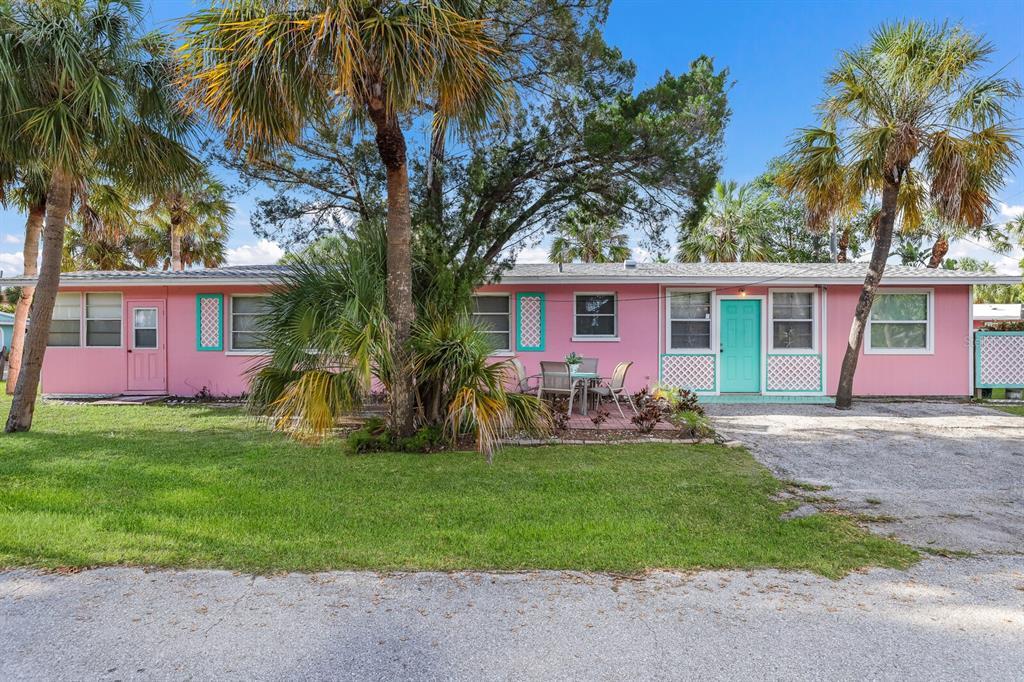 5801 De Palmas Avenue, Holmes Beach, FL 34217