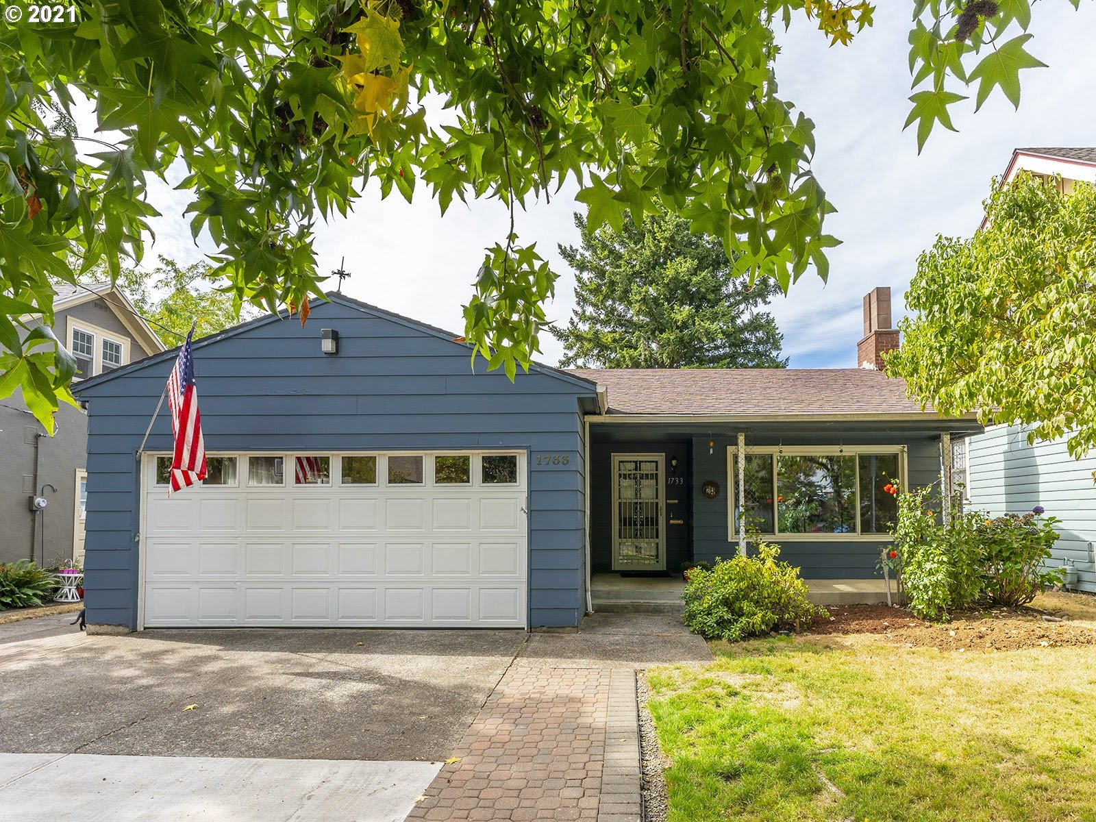 Welcome to this 1966 ranch in the heart of Rose City Park.  This house is deceiving, much larger than it looks. An ample living room with fireplace, and beautiful hardwood floors.  The kitchen has tons of storage and a generous dining area to gather round. Five bedrooms! Enough space for a home office and more. Enjoy the family room with fireplace perfect for game night. Three California closets, plus new furnace. All this by stores, parks, farmers market & cafes. Bike score 99. Walk score 79 [Home Energy Score = 4. HES Report at https://rpt.greenbuildingregistry.com/hes/OR10194339]