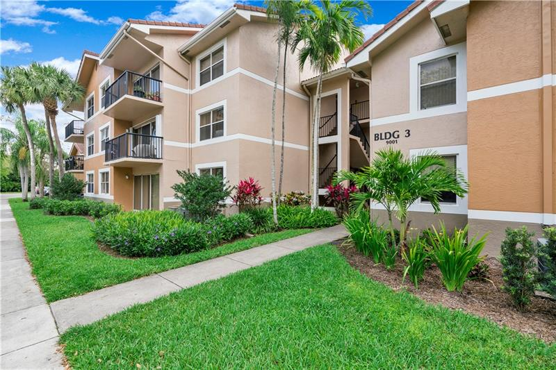 TRANQUIL WATER VIEWS FROM EVERY ROOM .... This freshly painted second floor 3 bedroom, 2 bath corner unit condo in Edgewater features a brand new kitchen with eat in area & snack bar, granite countertops, new appliances, updated bathrooms, laundry room, and tile & laminate flooring throughout.  Ideal location in the heart of Coral Springs just steps from many shopping plazas, restaurants and easy access to all major highways.  24 hours security in a gated community including a clubhouse, pool, tennis courts, playgrounds and gym.
