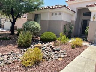 A must see!  Great open floor plan with dual suites, 4 ceiling fans throughout the house, great back yard.