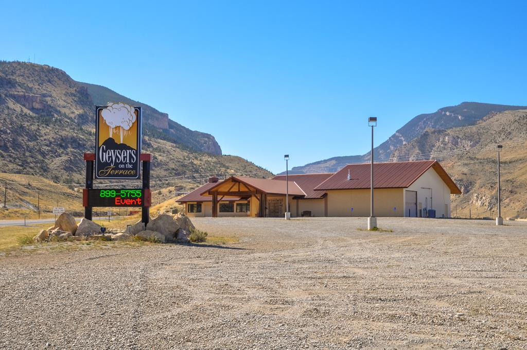525 Yellowstone Ave, Cody, WY 82414