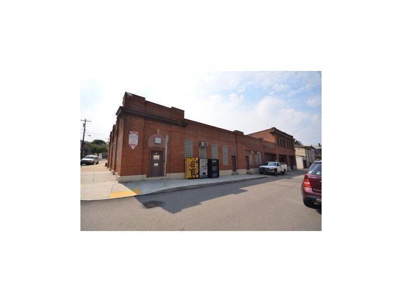 4110 Davison St, Lawrenceville, PA 15201