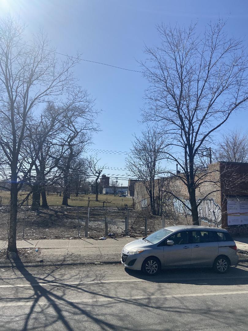 1531 W Roosevelt Road, Chicago, IL 60608