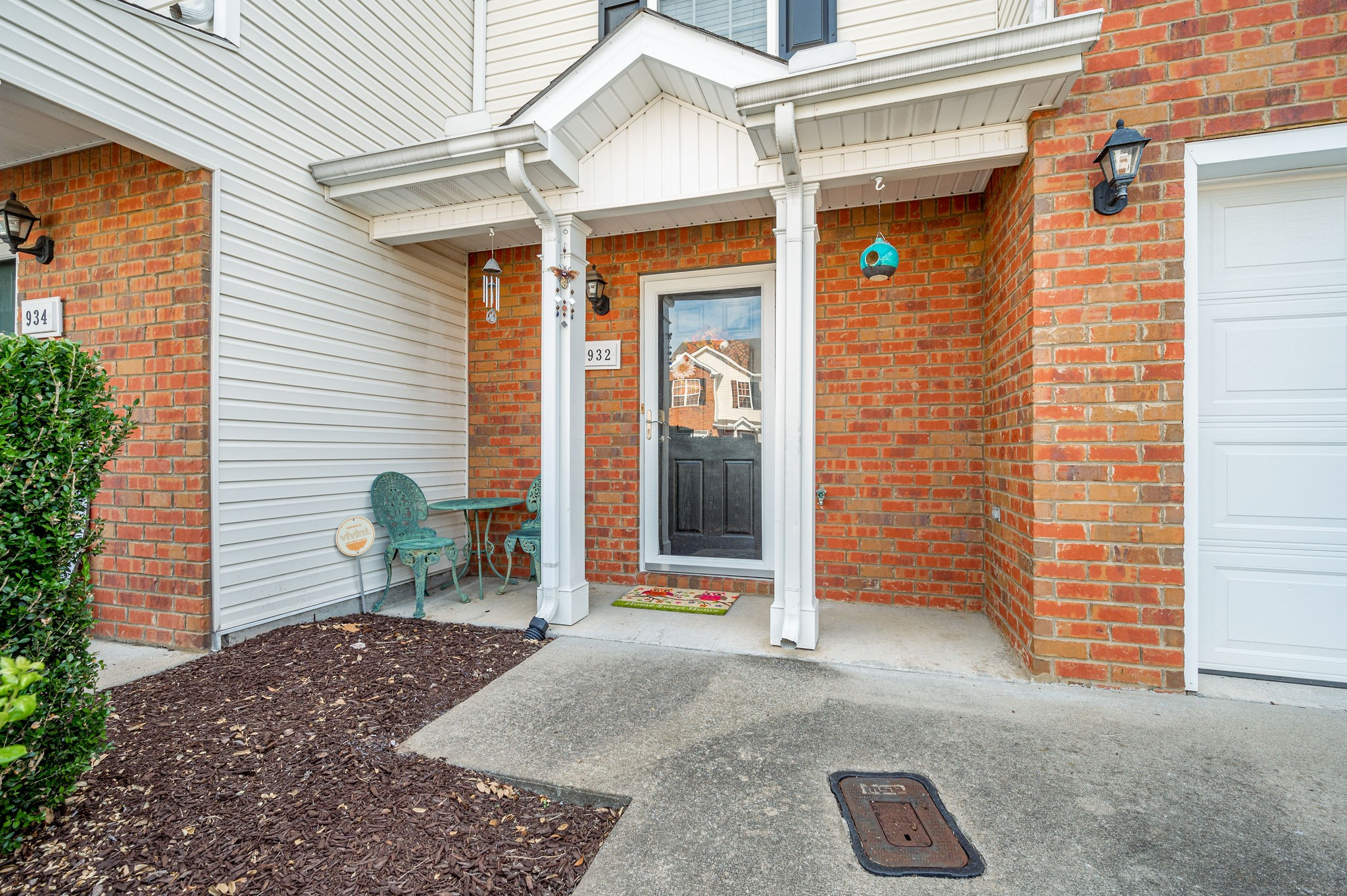 Location! Location! Location!  Move in Ready! No need to worry with yard maintenance-HOA maintains exterior, landscaping and roof.  Washer and Dryer remain.