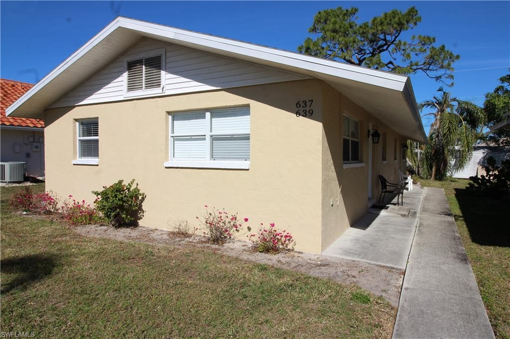 Excellent investment opportunity in Naples Park! This duplex is located in the very desirable 600 block. The duplex has been updated with cabinets, appliances, and tile throughout. This property has central A/C and separate laundry for each unit. Both units are leased. Great Naples location,  blocks from the beach, Mercato, dining, and shopping.