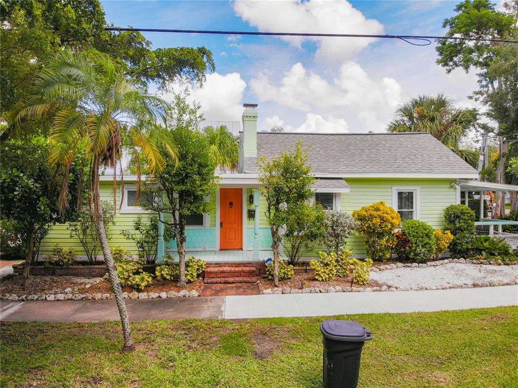 1745 Oak Street, Sarasota, FL 34236