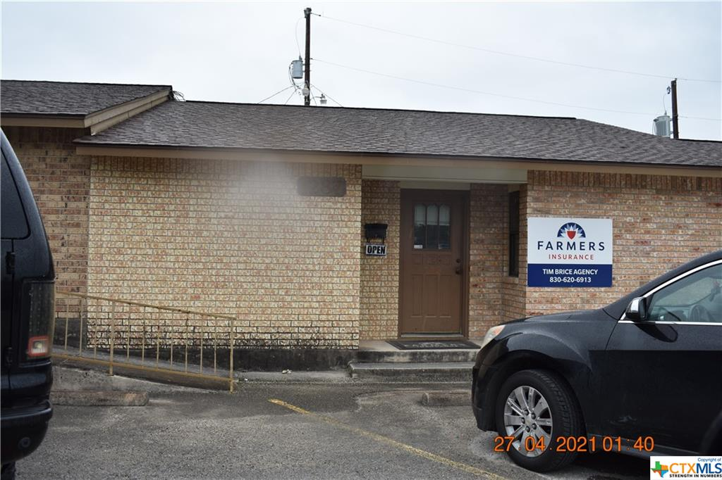 Centrally located Office condos.  Tenants are established and wish to stay.  Tenants pay all of their expenses.  The office has six rooms and 2 rest room  Front and rear entry/exits.  Well maintained and one owner of property.  Four office units are available to be purchased separately or we can sell all to one Buyer.  Good parking rea in front of build and on major traffic routes into downtown or to IH 35