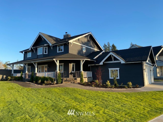 Complete remodeled stately home in Sully's Glen w/1292 sq ft covered front patio, fresh ldscp & fenced in yard, car 3 garage w/shop space on.32 acres, the biggest lot in the community w/territorial views. This beautiful home is like a new construction home w/stunning up to date colors & finishes. New updates include roof, interior & exterior paint, cabinets, counters, appliances, garage doors etc; so many to list, you need to come see! Even has a secure rm for delivery of your precious packages!