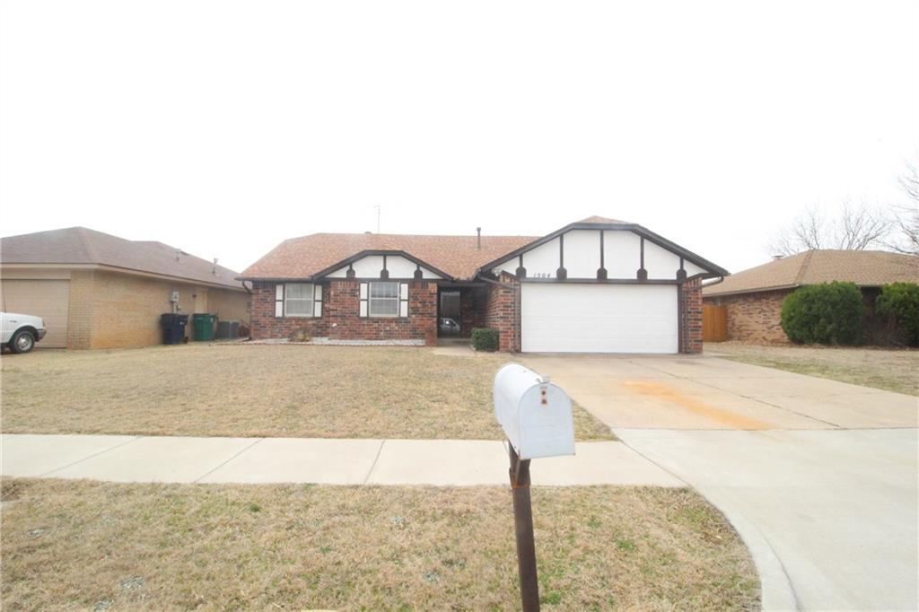 Large single family home located in south Oklahoma City. This home is ready for immediate move in. Home amenities include double car garage, rear covered patio, fenced in back yard, central heat & air, gas fireplace in both living rooms, wet bar, built in storage & large bookshelf, plush carpets, fresh paint and plenty of space. This home is located in the Moore school district with an elementary that is within walking distance to the home. CALL TODAY...Security deposit is equivalent to one month rent.
