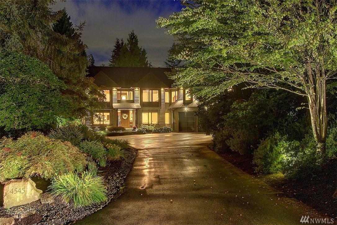 Custom Contemporary Craftsman home built new in 2007 embodying true artisan custom wood work, high end fit/finishes, sun drenched, level 1.4 acres in private cul-de-sac 10 min to DT Redmond. Attractive gabled roof & stunning architecture, Fine Arts lighting, leathered slab granite, professional ktchn, 2 dishwashers, 2 laundry rms, main flr guest rm w/adjacent full bth, quarter sawn white oak hrdwds. Gorgeous private setting w/southern exp, extensive stone patios, glass fire pit & covered deck.