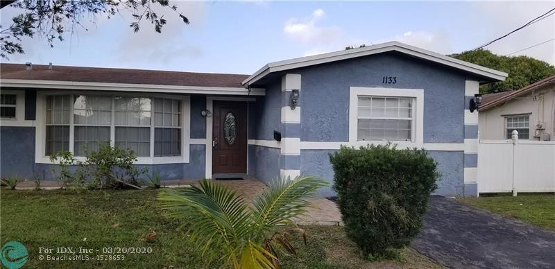 GREAT PROPERTY! TONS OF SPACE AVAILABLE FOR A LARGE FAMILY. IF YOU ARE AN INVESTOR, THIS PROPERTY IS YOUR DREAM AS A CASH COW.  STAINLESS STEEL APPLIANCES! VERY QUIET NEIGHBORHOOD!