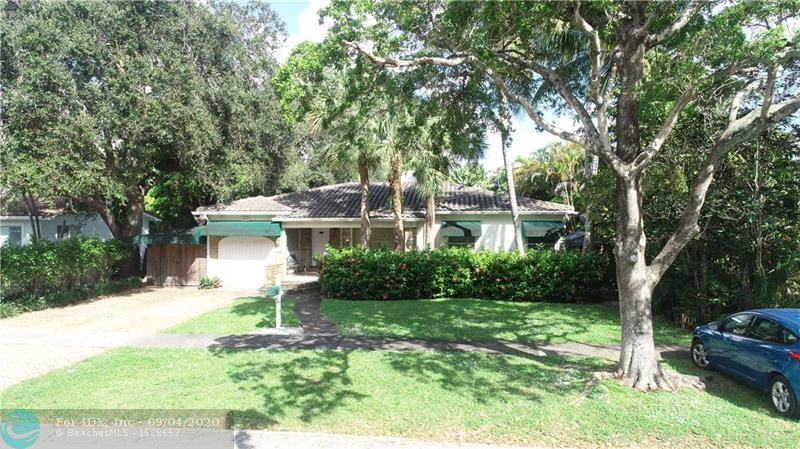 PRIME HISTORIC NEIGHBORHOOD OF RIO VISTA!  75 X 125 LOT!!  LOCATED JUST A SHORT WALK TO DOWNTOWN FORT LAUDERDALE!  TEAR DOWN AND BUILD YOUR DREAM HOME OR RENOVATE!