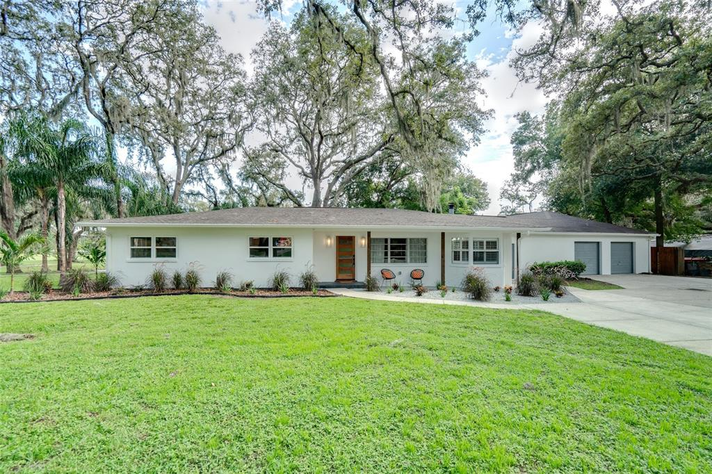 423 Druid Hills Road, Temple Terrace, FL 33617