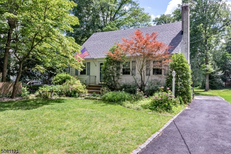 """So much potential in this Fwd fixer-upper! Amazing deep, picturesque yard ! Ideal location on a quiet residential street, near NYC bus, top rated schools, and both Scotch Plains and Fanwood downtowns! Only .5 miles to downtown Scotch Plains, and .7 miles to Fanwood train station! Sold in """"as-is"""" condition. Furnace/CAC is 2 yrs. young!"""