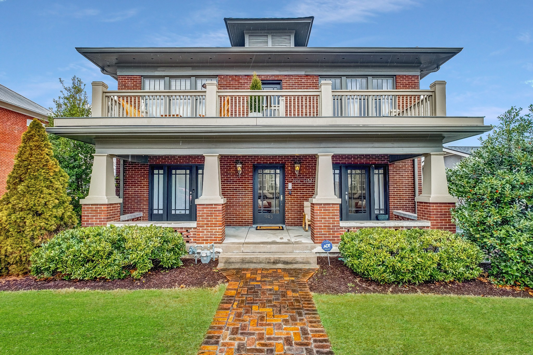 (P) This renovated 1925 brick beauty in the heart of East Nashville comes fully equipped with high ceilings, hardwood floors and a chefs kitchen for the newly relocated Bachelor or Bachelorette to enjoy. Unbeatable charm and location just steps to all East Nashville has to offer. Come see it for yourself.