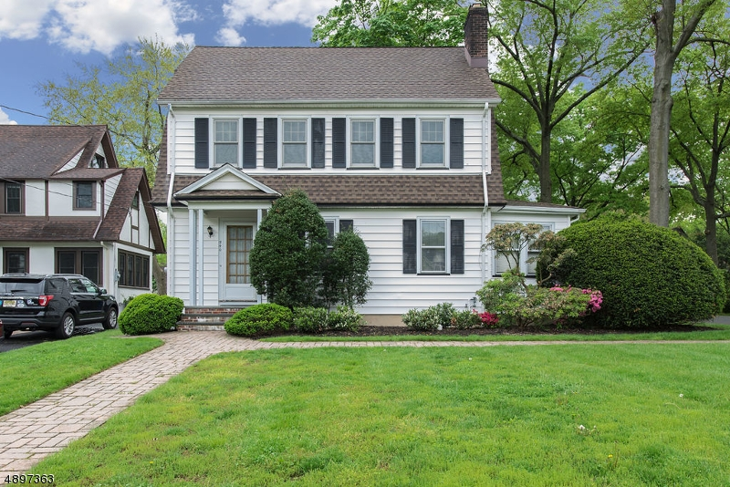 Stately colonial perched on an elevated, level, .24 acre lot accessible to Taylor Park, Schools and Town.  Eat-in kitchen opens to the large deck & back yard.   Bonus 28 x 17 3rd floor walk up attic. Only .6 miles or less from all amenities. Roof 2012, Boiler 2012, Tankless water heater 2015, 10 zone sprinklers, central station security and fire alarm system, all schools are near by, gas line to grill, gas range vents outside, whole house water filter, 200 AMP service. Central A/C. NEW Water and Sewer Line 2015 and Gas Line 2010. 2 inch thick gas line can accommodate a whole house generator if the buyer chooses to install one.