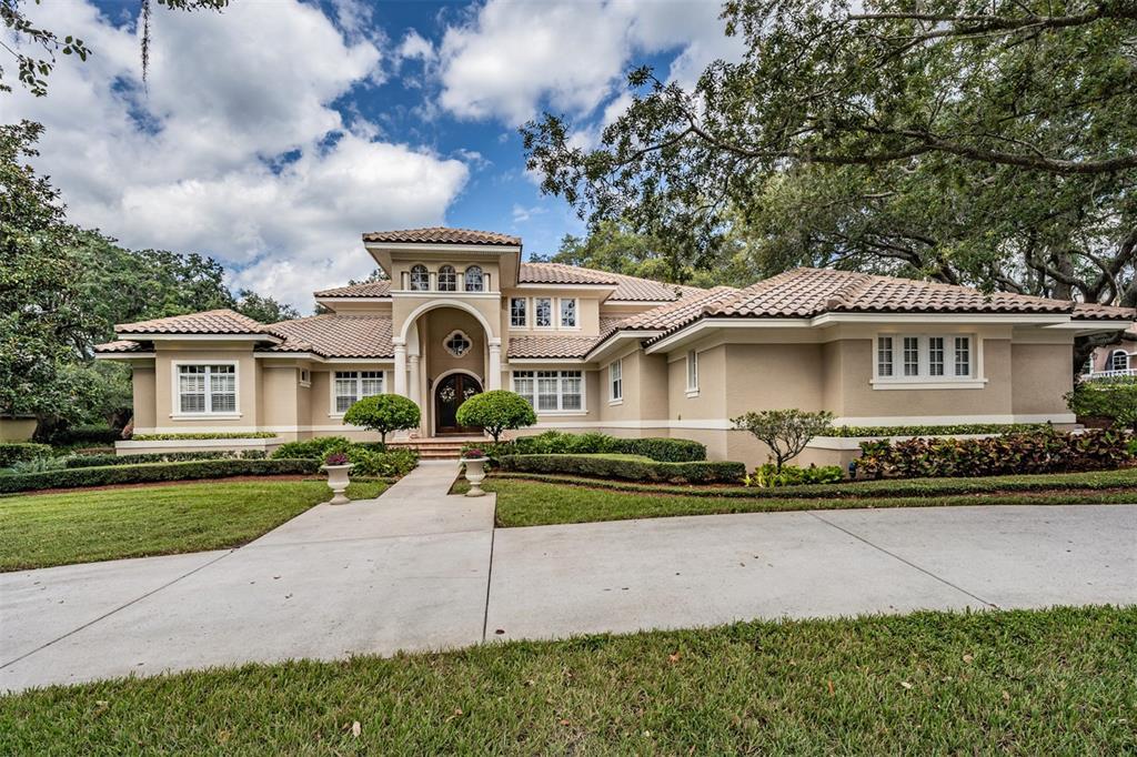 2805 Meadowview Court, Tarpon Springs, FL 34688