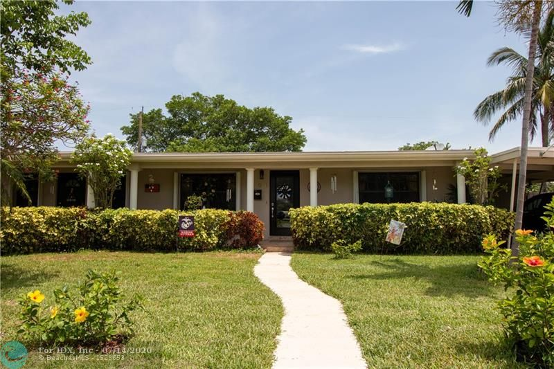 This gorgeous 2/1.5 sits on a desirable road in a vivacious neighborhood in Wilton Manors. It's unique style